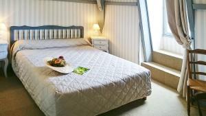chambre-11-hotel-restaurant-sarlat-la-verperie